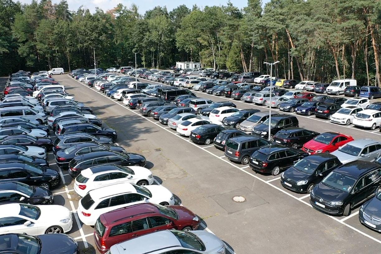 Parkfuch24 - Parken Flughafen Frankfurt - Vorne-nahe